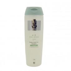 [RYO] Шампунь с женьшенем против старен. волос Mild scalp Care Shampoo For Oily Scalp 200 мл (белые)